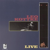 Leo Kottke - The Room At The Top Of The Stairs