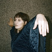 Cate Le Bon - Love Is Not Love