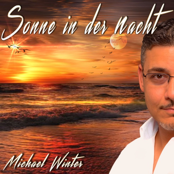 Michael Winter mit Sonne in der Nacht