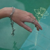 Daffodils - A Leo Underwater