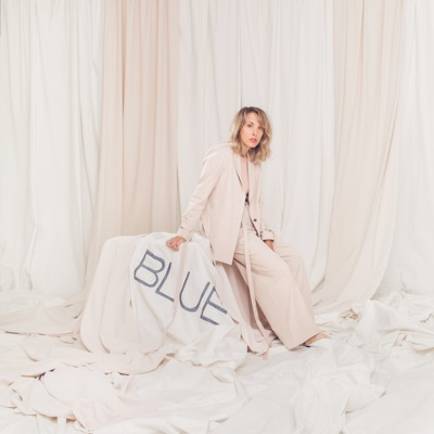 Rosie Valland – Blue