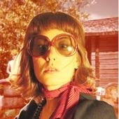 Litku Klemetti - Kaikki peittyy kyyneliin