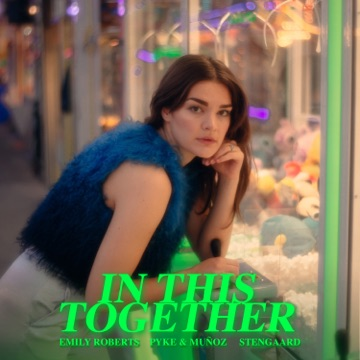(+++) EMILY ROBERTS In This Together