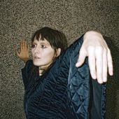 Cate Le Bon - What's Not Mine