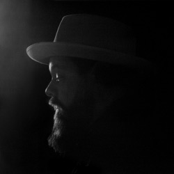 Tearing at the Seams (Deluxe Edition) - Nathaniel Rateliff & The Night Sweats Album Cover