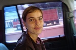 SAŠA KERKOŠ - Pogovor z oblikovalko, ilustratorko, stripavtorico. / A conversation with Saša Kerkoš, designer, illustrator, and comic-strip artist.
