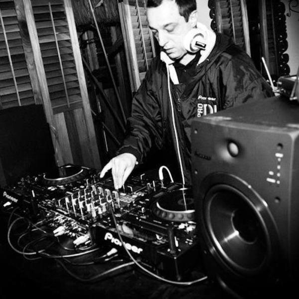 DJ Ale Portillo