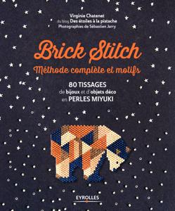 Brick stitch : méthode complète et motifs La couverture du livre martien