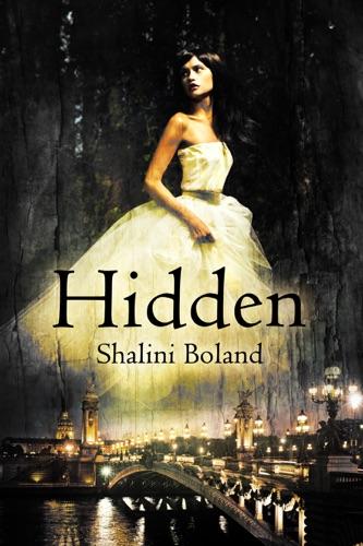 Shalini Boland - Hidden - a dark romance (Marchwood Vampire Series #1)