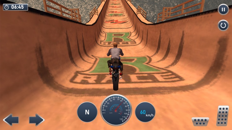 Moto Bike Mega Track Stunts