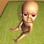 Le bébé dans la maison sombre