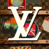 Louis Vuitton 100 Trunks (AppStore Link)