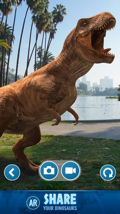 Jurassic World Alive-4