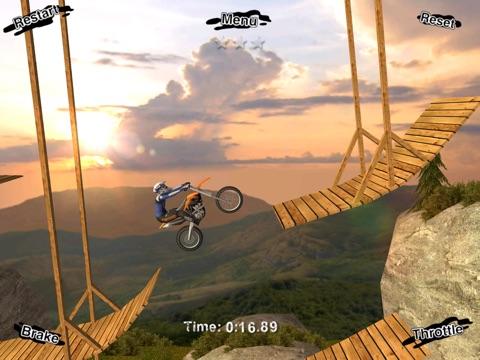 Скачать игру Motor Stunt Xtreme