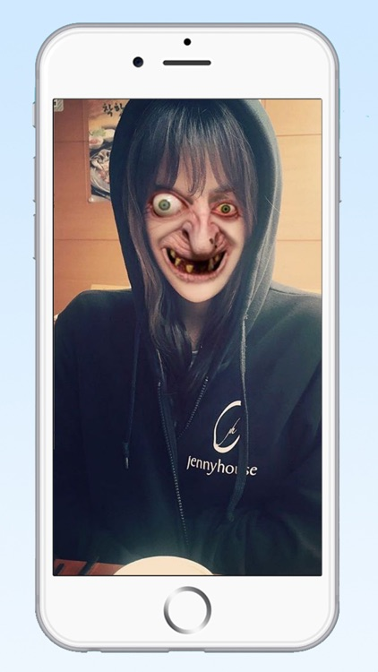 Zombie Photo Booth Editor - Scary Face Maker Camera to Make Horror Vampire, Funny Ghost, and Demon Wallpaper screenshot-3