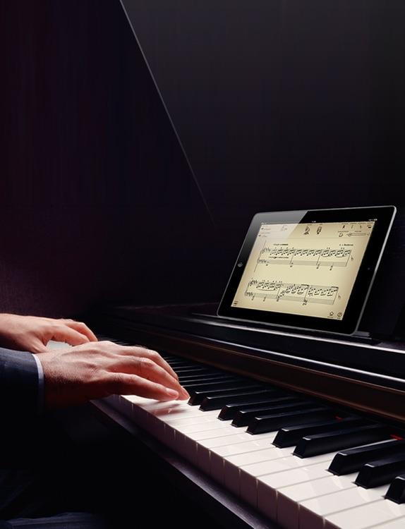 Play Beethoven – « Moonlight Sonata » (interactive piano sheet music)