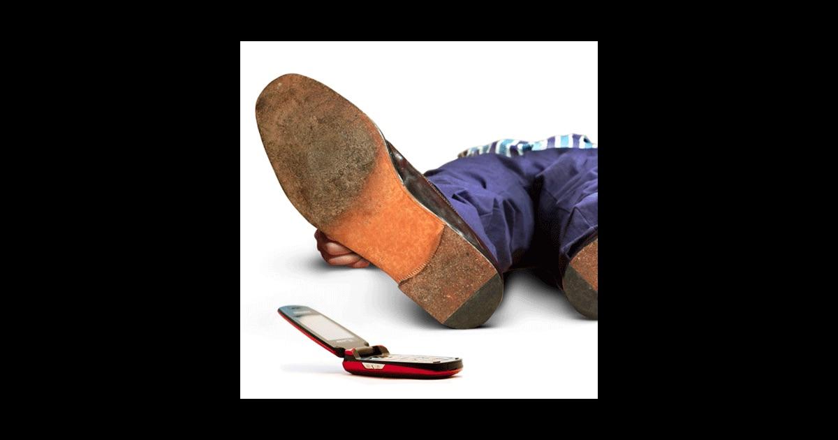 dead man's cell phone sarah ruhl pdf free