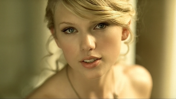 Taylor Swift Love Story (Closed Captioned) music review