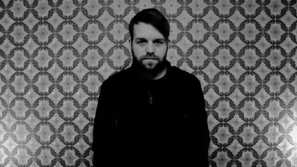 Neuser - Chaos - Single music video wiki, reviews