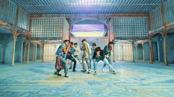 BTS FAKE LOVE music review