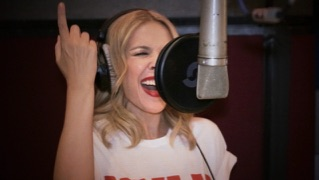 100 Degrees (feat. Dannii Minogue)