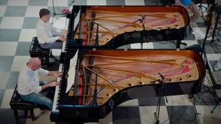 Mozart: Concerto for 2 Pianos in E-Flat Major K. 365: Rondeau. Allegro.