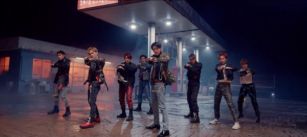 EXO -  music video wiki, reviews