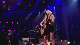 Smoke Break (Live) Carrie Underwood Country Music Video 2015 New Songs Albums Artists Singles Videos Musicians Remixes Image